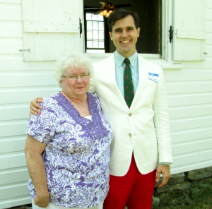 Lynda Tucker, President of the Salem Welsh Church of Freedom, NY, came to see our church.  We've got so much in common!